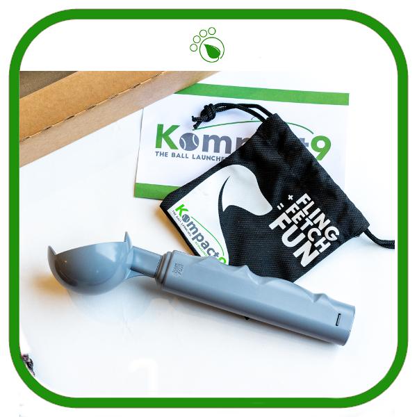 Kompact9 Retractable Eco-friendly Ball Thrower
